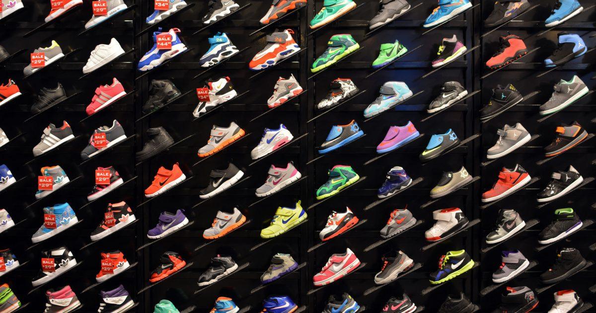Article Adidas Basic Notre Nike Et Sur Le Dans Revue La Projet WEHeD2Ib9Y